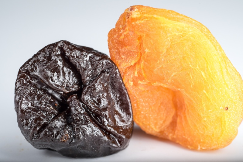 dried-apricots-1836008_1920