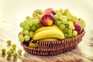 fruit-basket-1841317_1920
