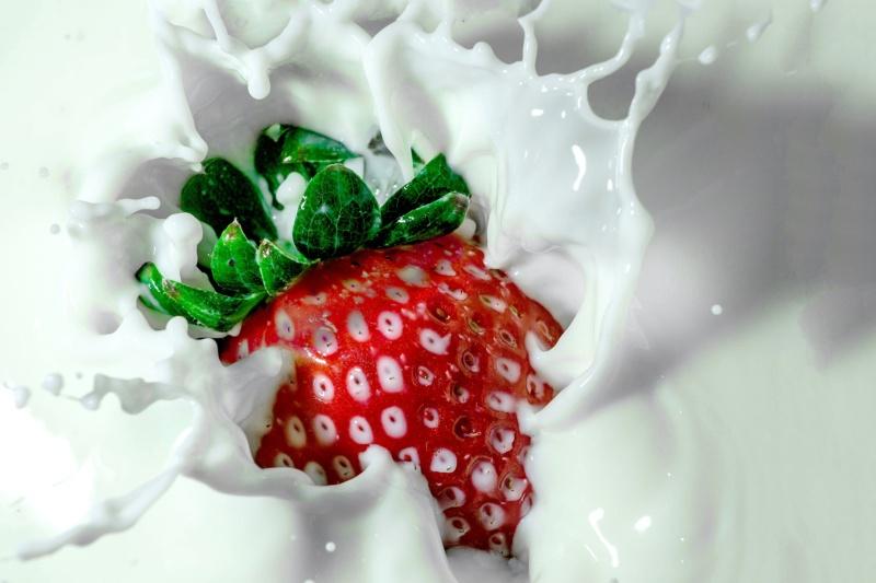 strawberry-1882400_1920
